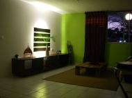 Salon by night